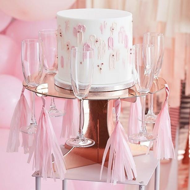 support a gâteau rose gold en suisse